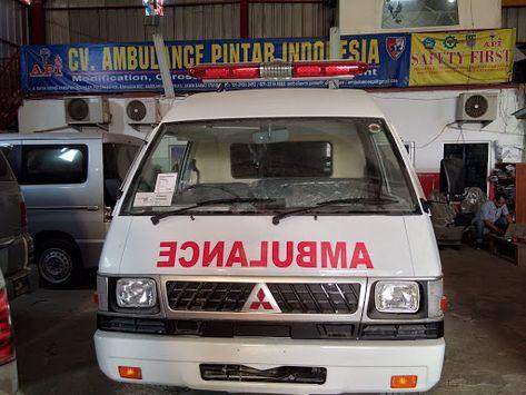 Showroom Mobil Ambulan Jual Ambulance Mitsubishi L300 081284074126 Ambulance Mitsubishi Suv
