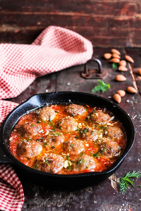 Albondigas: Spaanse gehaktballetjes in tomatensaus