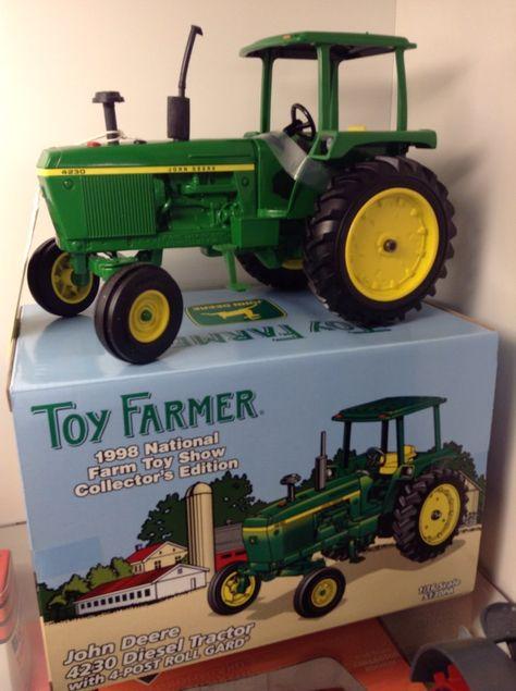 ERTL TOY FARMER 1998 TOY SHOW JOHN DEERE 4230 DIESEL TRACTOR W//4-POST ROLL GARD