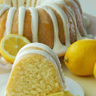 Italian Lemon Pound Cake With Flour Baking Powder Salt Unsalted Butter Sugar Eggs Buttermilk So Italian Lemon Pound Cake Lemon Recipes Lemon Cake Recipe