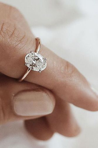 Your Heart Will Melt When You See These 24 Oval Engagement Rings Reverie Wedding Rings Oval Simple Engagement Rings Top Engagement Rings