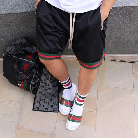23c143149e38 #OutfitFromAbove @aripetrou ▫ #Supreme #Tee ▫ #MintCrew #Shorts ▫ #Gucci # Sandals ▫ #Gucci #Socks ▫ #Gucci #Bag