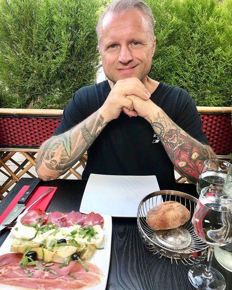 Always eating  #eat #eating #antipasta #italianfood #food #foodporn #foodlover #tattoo #tattoos #tattoosleeve ...  Always eating  #eat #eating #antipasta #italianfood #food #foodporn #foodlover #tattoo #tattoos #tattoosleeve  @sandra_augustinus