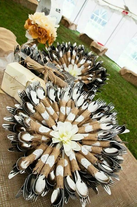 Creative way to display cutlery (make it in a sunflower pattern =D)