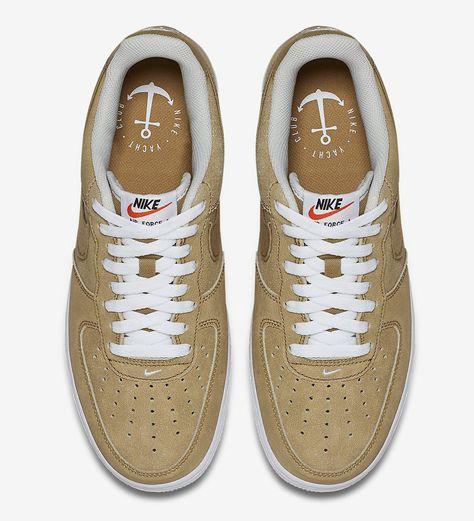 Eleganti Sneakers Nike Donna Air Force 1 Suede Sneakers