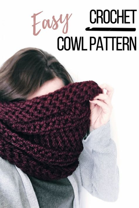 The edges of this chunky crochet scarf pattern curl up just like a knitted cowl. The ridges create a nice drape so the chunky cowl is styled correctly every time. You'll want to make one for yourself when the temperature starts dropping. > click image for Chunky Crochet Scarf, Crochet Beanie, Crochet Scarves, Crochet Shawl, Crochet Yarn, Crocheted Scarf, Crochet Granny, How To Crochet A Scarf, Crochet Hooded Cowl