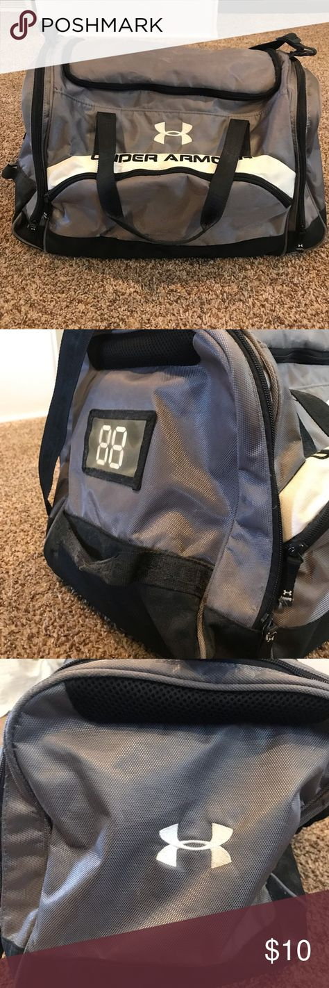 Under Armor Gym Bag   Duffel Black, white and gray - small medium size 69b630d2f9