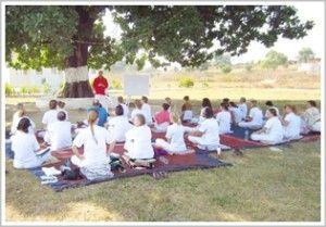 Bientôt chez Arhanta Yoga Ashram Inde: Formation de professeur de yoga 300 heures - http://www.arhantayoga.fr/formation-professeur-300-heures/