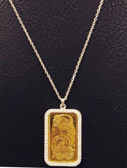 كوليه ذهب عيار 24 كوليه مكون من سبيكه عيار24 وزن 10جرام إطار السبيكه بالسلسلة عي Jewelry Photography Styling Gold Mangalsutra Designs Jewelry Photography
