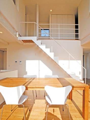 シンプルでありながらモダンな外観をもつキューブ型の注文住宅