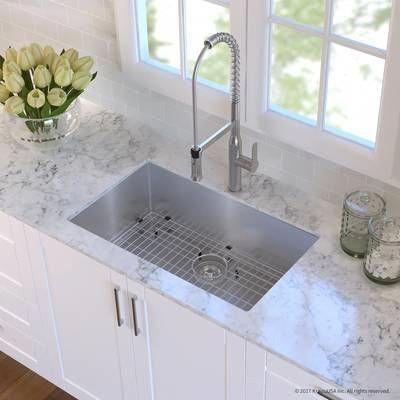 Standart Pro 30 L X 18 W Undermount Kitchen Sink With Basket Strainer In 2021 Undermount Kitchen Sinks Kitchen Design Modern Kitchen