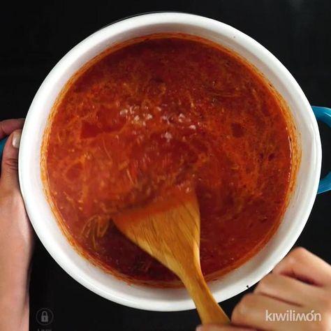 Video de Sopa de Fideo con Chile Guajillo