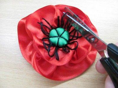 Jak Zrobic Maki Ze Wstazki 12 Fabric Flowers Embroidery Tutorials Ribbon