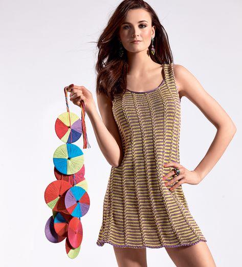 Платье А-силуэта с узором в полоску   платья,туники и   Pinterest ... 57ceacb3539