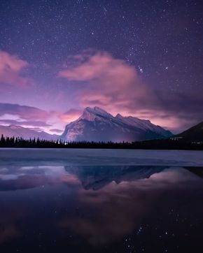 Starry Sky Timelapse By Rachel Jones Ross Milkyway Stars Galaxy Landscape Night Sky Lake Night Sky Photography Sky Aesthetic Sky Photography
