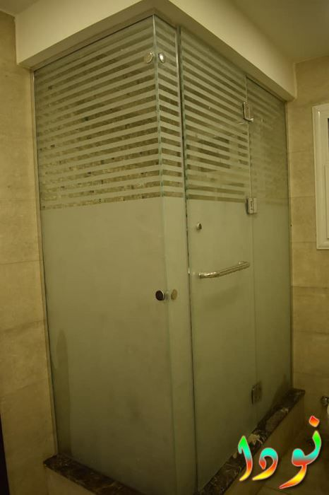 كابينه شاور زجاج سكيوريت Tall Cabinet Storage Locker Storage Room Divider