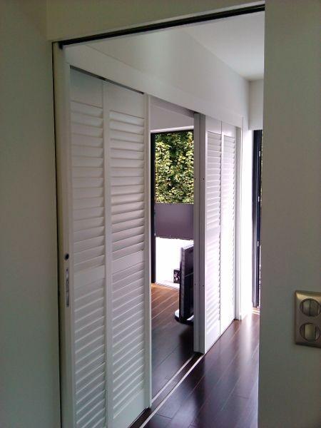 LEROY MERLIN - Comment installer des portes de placards pliantes - comment poser des portes de placard
