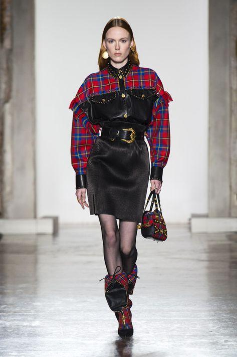 Versace fall-winter fashion show