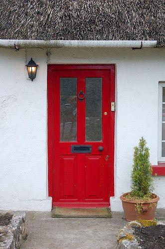 Red Door In Ireland A Lot Of People Have Plain White Or B Flickr 20180901 5732309701 D12c27ea20b24e10 Beautiful Front Doors Red Door Painted Front Doors