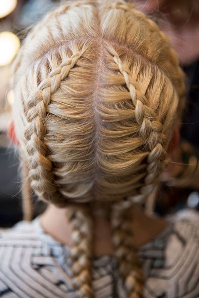 A Détacher, Spring 2017 - The Boldest and Most Beautiful Hair at NYFW Spring 2017 - Photos
