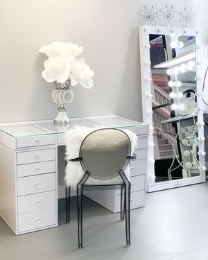 Tremendous Mp Vanities Showroom For Sale In Stockton Ca Teenage Girl Short Links Chair Design For Home Short Linksinfo