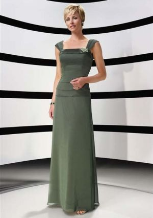 A-line Straps Floor-length in Chiffon Mother of the Bride Dress