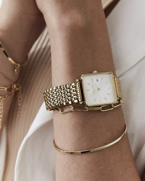 Gold women's watch - Gold stainless steel strap | The Boxy | Rosefield Watches