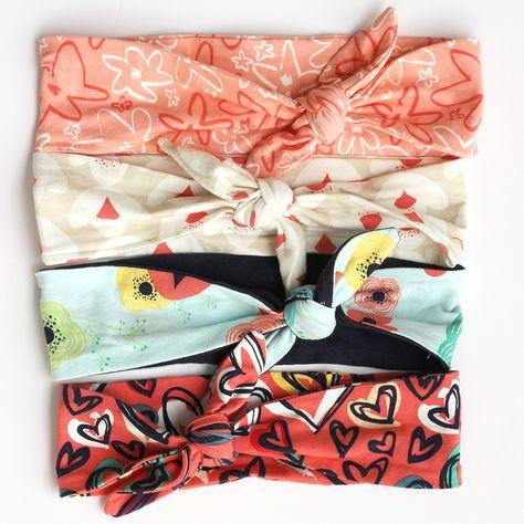Knit Headband FREE Pattern + Tutorial // SewCaroline.com