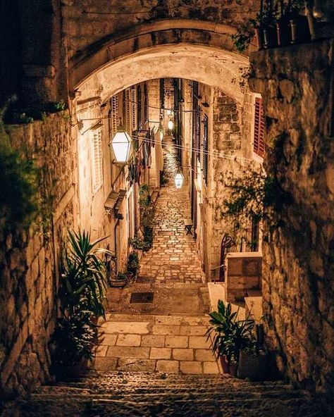 This alley in Dubrovnik, Croatia, looks so cozy! Who would love to travel here? … This alley in Dubrovnik, Croatia, looks so cozy! Who would love to travel here? Photo by: . City Aesthetic, Travel Aesthetic, Oh The Places You'll Go, Places To Travel, Beautiful World, Beautiful Places, Magic Places, Croatia Travel, Nature Photography