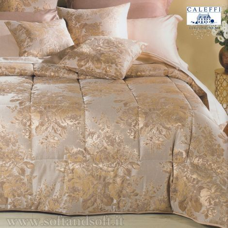 Le trapunte matrimoniali (o piumoni) sono senza dubbio il modo di vestire il letto più diffuso in inverno. Piumini Letto Matrimoniale Bassetti