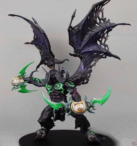 New Wow Demon Form Illidan Stormrage Deluxe Collector Boxed