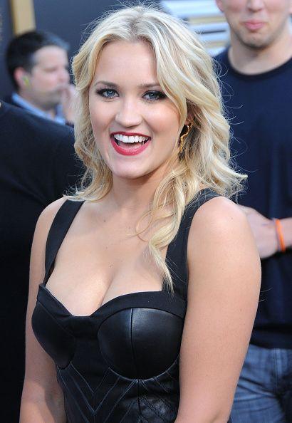 Emily osment hot