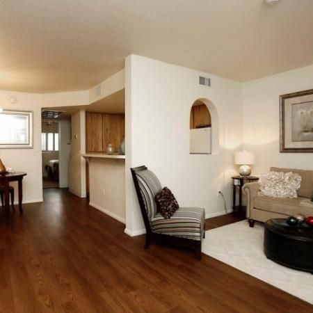 It S Easy To Fall In Love With Promontory Apartments Call Today And See Why Fitnesscenter Amenities Northland Luxury Apartments Tucson Apartments Home