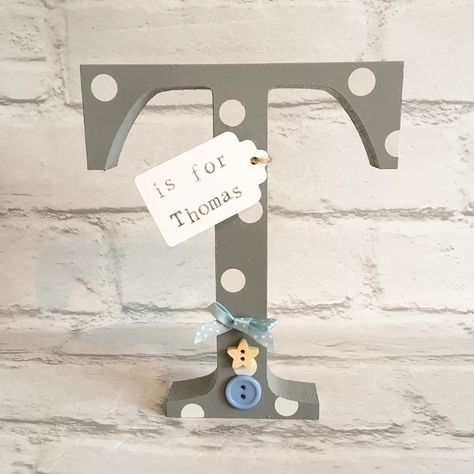 T is for Thomas #lolaloves #handmade #gift #giftidea #newbaby #cute #wooden #polkadots #personalisedgift #buttons #bows #shelfie #grey #knebworth #hertfordshire #woolmergreen #smallbusiness