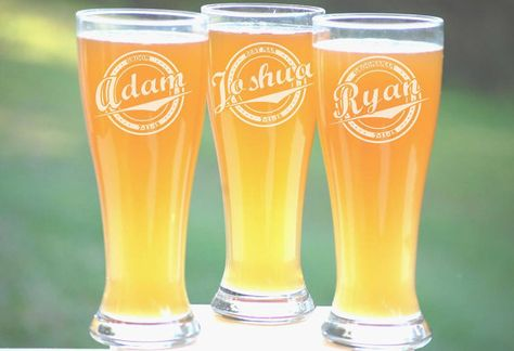 personalized groomsmen gifts beer glasses wedding toasting glasses