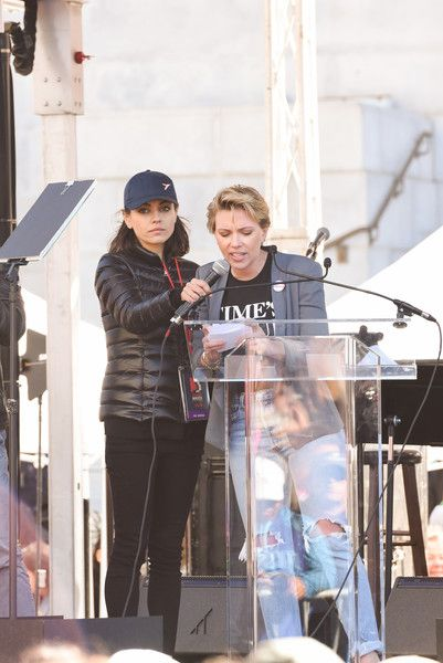 Mila Kunis and Scarlett Johansson attend the Women's March Los Angeles 2018.