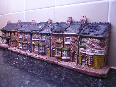 Image Result For Coronation Street 35 Anniversary 1995 Mini Houses Coronation Street Mini House Coronation