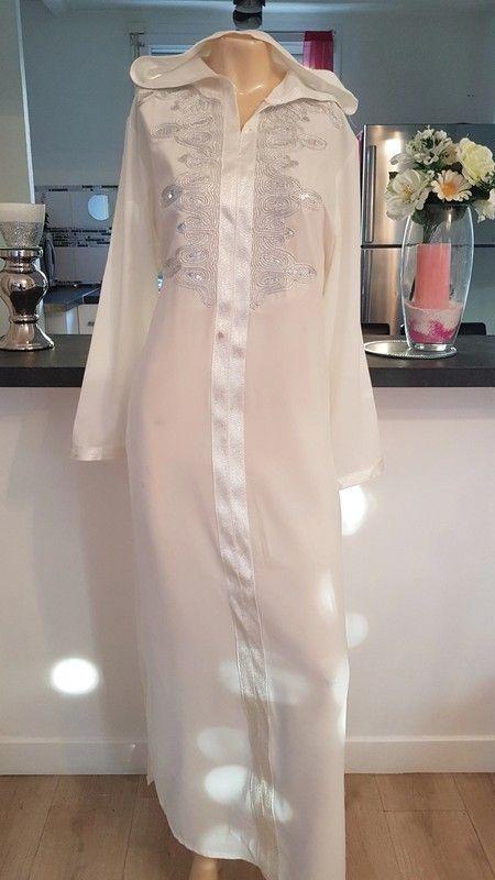 16a3e7f65f75fa Superbe robe djellaba abaya avec capuche poche broderie en parfaite ...
