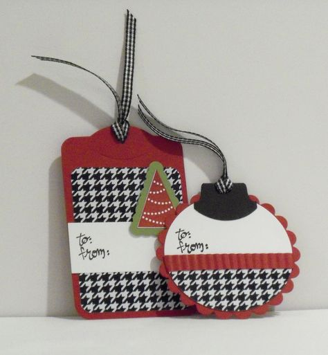 Houndstooth Alabama Crimson Tide Gift Tags by CraftsbyBeth on Etsy. I like the idea of houndstooth for Christmas! Christmas Gift Tags, Xmas Cards, Christmas Crafts, Christmas Christmas, Gift Cards, Christmas Stockings, Handmade Gift Tags, Theme Noel, Card Tags