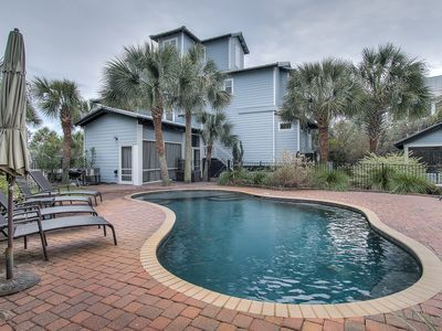 Tucked Away Private Pool And Beach By Alys Rosemary Beach Free Bikes Seacrest Pool Private Pool Beach Vacation Rentals