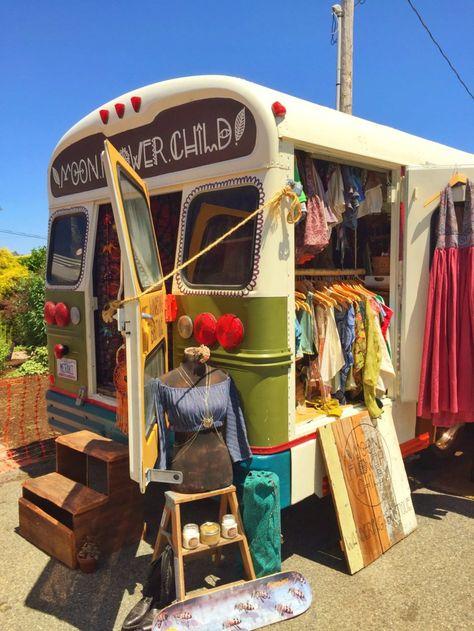 The best hippie van ever! ✌️🌈 Pic taken from the van 🌸💕 ✨ Happy hippie vibes!