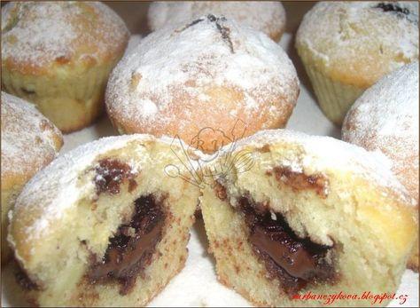 Jablečné+muffiny+s+nutelovou+náplní