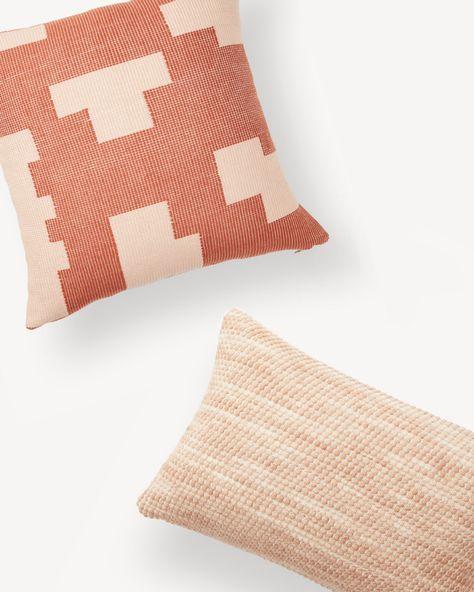 The Pillow Collection Italo Geometric Bedding Sham Blue King//20 x 36