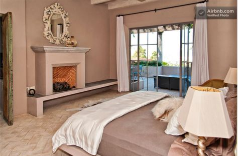 Vacation Homes with Incredible Fireplaces http://www.mantelsdirect.com/mantel-blog/Vacation-Homes-with-Incredible-Fireplaces