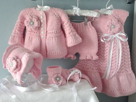 This listing for Knitted Baby Dress Set ( 5 items ) : 1 ) Baby Dress 2 ) Baby Cardigan 3 ) Baby Diaper cover 4 ) Baby Bonnet 5 ) Baby Shoes The Baby Clothes are made from the Soft Acrylic yarn. SIZE : 0 - 3 months is READY to SHIP. -------------------------------------------------- Colors