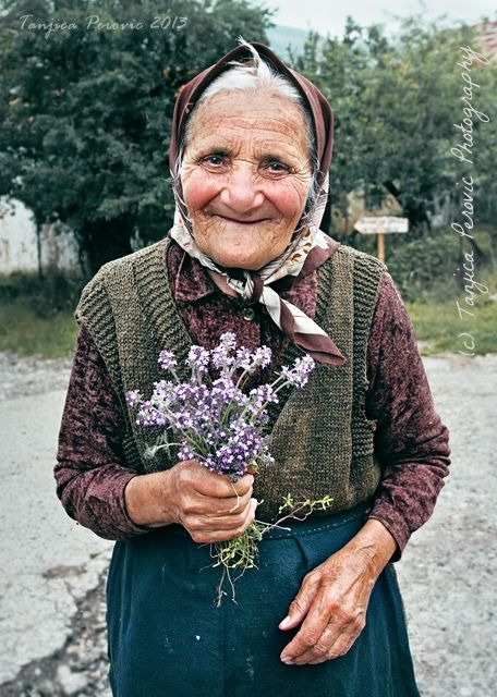 Photography women smile 64 new Ideas Beautiful Smile, Beautiful World, Beautiful People, Old Faces, Ageless Beauty, Interesting Faces, Happy People, People Around The World, Belle Photo