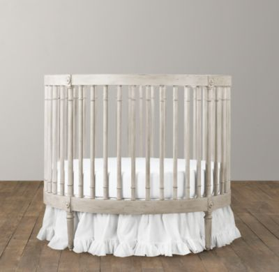 Circle Cribs For Babies With Images Baby Girl Crib Baby Cribs Baby Bedroom