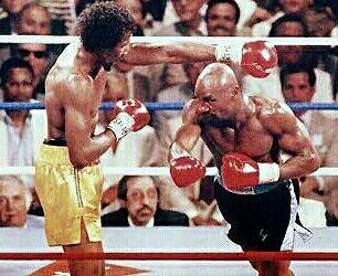Thomas La Cobra Hearns Vs Marvin El Maravilloso Hagler Marvelous Marvin Hagler Boxing History Boxing Images