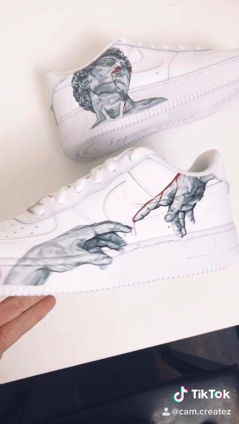 Michaelangelo Nikes 👨🏽🎨