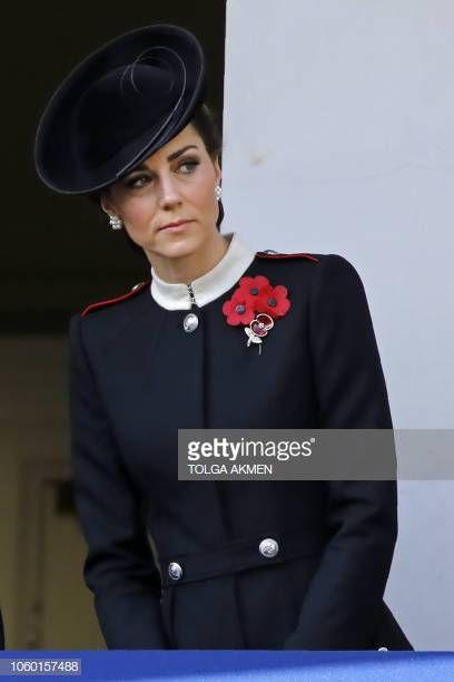 britain s catherine duchess of cambridge attends the remembrance sunday ceremony at the cenotaph on w duquesa de cambridge estilo kate middleton kate middleton pinterest